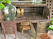cool desk Antique Writing Desk, Woman Cave, Desks, Corner Desk, Cool Stuff, Table, Furniture, Home Decor, Mesas