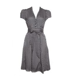 40s style dress with cute heart pattern and bow - love!
