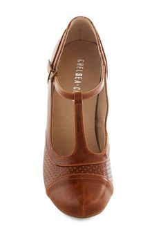 Just Like Honey Heel in Chocolate. One look at this T-strap heel, and your heart will just melt with joy! #brown #modcloth