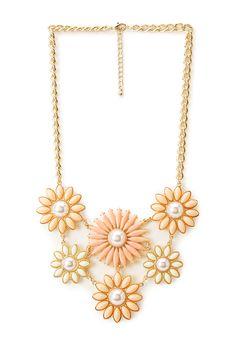 Heirloom Floral Bib Necklace | FOREVER21 - 1000124787