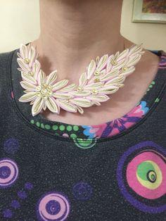 náhrdelník ružovo-zlatý Crochet Necklace, Handmade, Jewelry, Fashion, Moda, Hand Made, Jewlery, Jewerly, Fashion Styles