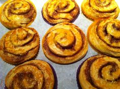 Mette Blomsterberg, kanelsnegle. Doughnut, Muffins, Mad, Breakfast, Sweet, Desserts, Cakes, Morning Coffee, Candy
