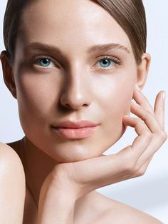 Below are just a few common the factors that deplete your collagen levels: 1. Smoking 2. UV damage 3. Age 4. Inflammation 5. Stress 6. Genetics For collagen inducing treatments: DERMAPEN LASER For supplement support: COLLAGEN SUPPLEMENT #SkinRenewalSA #Iskin #Dermapen #skin #Skincare #collagen #ageing #beauty #skindoctors #supplements #Laser Clean Beauty, Beauty Skin, Beauty Makeup, Photo Portrait, Beauty Portrait, Best Toner, Beauty Shoot, Beauty Routines, Beauty Photography