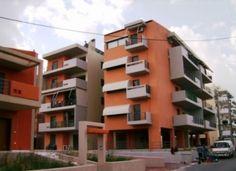Διαμέρισμα 117 τ.μ, στον τρίτο όροφο, επι της οδού Κοτζια 11, στο Κορωπί, απέναντι απο το κέντρο υγείας,  αποτελούμενο απο 3 υπνοδωμάτια, λουτρό wc, σαλόνι, κουζίνα, καθιστικό.    http://www.realestatebank.gr/listings/%CE%BA%CE%BF%CF%84%CE%B6%CE%B9%CE%B1-11-%CE%BA%CE%BF%CF%81%CF%89%CF%80%CE%AF