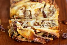 Sticky babka cake folded and twisted in multiple layers of dough filled with maple syrup caramel and pecan nuts. A crossover between sticky buns and babka! Babka Cake, Babka Bread, Breakfast Cake, Breakfast Dishes, Breakfast Ideas, Biscuits, Babka Recipe, Bread Tin, Chocolate Babka