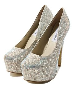 STEVE MADDEN shoes for petit size brides ( like me ), wedding, shoes, champagne colored