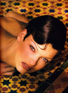 Linda Evangelista, David Sims, First Haircut, Glamorous Hair, 90s Models, Vogue Us, Steven Meisel, Peter Lindbergh, Brunette To Blonde