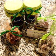Les Saveurs de Sayan - si vous voulez des produits sains et délicieux vous êtes au bon endroit. Des granolas, des « snickers », des « truffes » tout ces produits sont faits maison (sans sucre, sans graisse et sans conservateur). Ils conviennent donc à tous (enfants, sportifs ou gourmands qui veulent éviter de culpabiliser 😅). Alors on teste? #vegan #veganfood #lausanne #food #foodstagram #igersfood #igerslausanne #igerssuisse #igersvaud #suisseromande #mycity #mylausanne #lausannecity… Lausanne, Saveur, Stuffed Mushrooms, Vegan, Vegetables, Ethnic Recipes, Truffles, Fat, Healthy