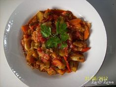 Lchf, Keto, Kung Pao Chicken, Ratatouille, Vegan Recipes, Vegan Food, Zucchini, Food And Drink, Cooking