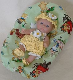 Berenguer Itty Bitty 5 inch handmade crocheted doll clothes. Crocheted Outfit to buy.