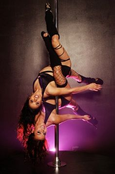 Pole Dance Doubles - Double inside leg