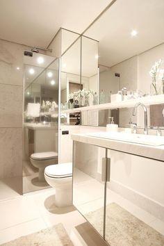 Banheiro Lavabo Bathroom Colors Toilet And Interiors Bathroom Shelf Decor, Bathroom Colors, Bathroom Organization, Chic Bathrooms, Modern Bathroom, Small Bathrooms, Open Baths, Bath Cabinets, Bathroom Interior Design