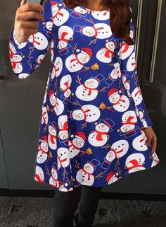 UP TO 90% OFF, FREE SHIPPING WORLDWIDE, LOWEST PRICES EVER. Dress up yourself at X'mas party. This trapeze dress detailed with snowman graphic and also well-designed in comfortable fabric. More surprise at OASAP.com!