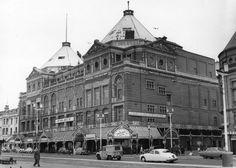 The Palace building, Promenade, Blackpool, circa 1961.#Blackpool pic.twitter.com/2V3Y6nTBa1