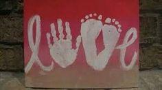 Risultati immagini per scritta love con impronte