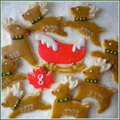 """""""On the 8th Day of Christmas my friends I give to thee: Eight Reindeer Prancing..."""" Glazed Sugar Cookies by Robin Traversy {The Cookie Faerie}. Cookie Connection Christmas Countdown Challenge."""
