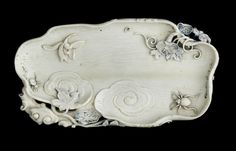A stained ivory 'lingzhi' brushwasher, Qianlong period (1736-1795)