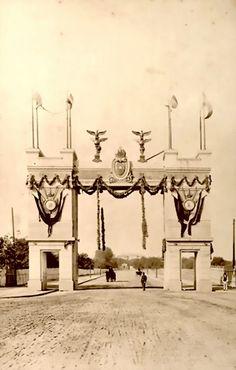 Arc de triumf pe bulevardul Independentei in anul cartierul Cotroceni Arc, Memories, Memoirs, Souvenirs, Remember This