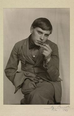The painter Gottfried Brockmann (German1903-1983), 1923 by August Sander