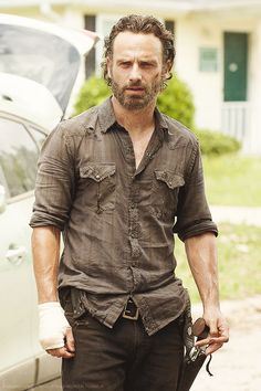 Andrew Lincoln as Rick Grimes Andrew Lincoln, Rick Grimes, The Walking Dead 2, Walking Dead Memes, Michael Rooker, Rick Y, Dead To Me, Daryl Dixon, Best Shows Ever