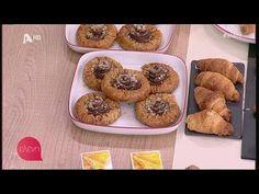 """ΦΩΛΙΕΣ ΣΟΚΟΛΑΤΑΣ ΜΕ ΦΥΛΛΟ ΚΡΟΥΣΤΑΣ (ΠΕΤΡΟΣ ΣΥΡΙΓΟΣ) - """"ΕΛΕΝΗ"""" (21.12.2018) - YouTube Muffin, Breakfast, Desserts, Youtube, Food, Morning Coffee, Tailgate Desserts, Deserts, Essen"""