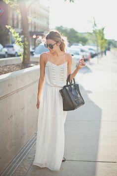 La robe longue blanche pour l'été