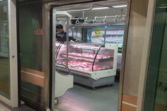 Gift-Wrapped Subways : Sisaprod Ligne 8