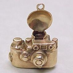 14k Gold CAMERA With Flash Charm Circa 1950's