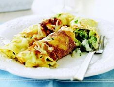 Broccoli and Cheddar Crepes - Vegetarian Recipes - Good Housekeeping Best Crepe Recipe, Crepe Recipes, Low Carb Recipes, Vegetarian Recipes, Healthy Recipes, Ceramic Baking Dish, Savory Crepes, Broccoli Cheddar, Food Dishes
