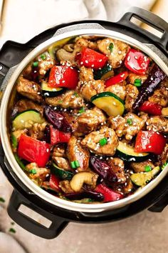 Healthy Instant Pot Recipes Perfect For Busy Nights. Healthy instant pot recipes for those busy nights.Must try pressure cooker meals perfect for easy dinner and quick lunch. Best Instant Pot Recipe, Instant Pot Dinner Recipes, Instant Pot Meals, Instant Pot Chinese Recipes, Keto Foods, Keto Meal, Paleo Food, Food Food, Pollo Kung Pao