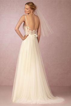 100+ Silk Wedding Dresses Online - Dress for Country Wedding Guest Check more at http://www.dust-war.com/silk-wedding-dresses-online/