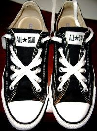 60e3b7b4cf01 Who knew there were so many cool ways to lace your shoes  Converse Haute
