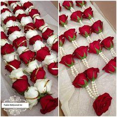 Indian Wedding Flowers Garlands African - floral garlands in 2019 Indian Wedding Flowers, Flower Garland Wedding, Floral Garland, Indian Wedding Decorations, Flower Garlands, Bridal Flowers, Flower Decorations, Wedding Garland Indian, Wedding Garlands