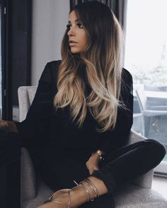 71 most popular ideas for blonde ombre hair color - Hairstyles Trends Cabelo Ombre Hair, Natural Wavy Hair, Natural Makeup, Dark Hair Makeup, Ombré Hair, Hair 24, Ombre Hair Color, Great Hair, Gorgeous Hair
