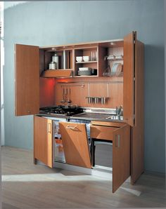 Charmant ITH580 Italian Hideaway Kitchen With Dishwasher