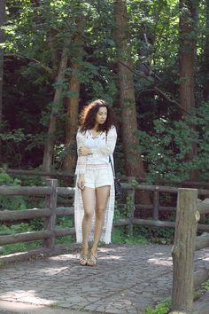 HIPPIE GIRL  http://jenniferbachdim.com/2015/06/21/hippie-girl/  #hippie #freespirit #JenniferBachdim #fashionblog #vintage