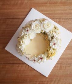 Done by student of Better class (베러 심화클래스/Advanced course) www.better-cakes.com #buttercream#cake#베이킹#baking#koreanbuttercream#koreancake#버터크림케익#베러케이크#yummy#flowers#꽃#sweet#플라워케이크#foodporn#birthday#wedding#디저트#foodie#dessert#버터크림플라워케익#following#food#piping#beautiful#flowerstagram#instacake#pastry#꽃스타그램#공방#instafood#
