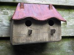 Vogelhuisje nr.313. twee onder een kap €.140.-