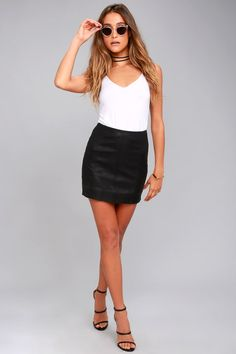 Dress it up or down, you can't go wrong with the Free People Modern Femme Black Vegan Leather Mini Skirt! Soft vegan leather with exposed seams. Vegan Fashion, Ethical Fashion, Knee Socks Outfits, Best Clothing Websites, Buy Skirts Online, Dressy Attire, Leather Mini Skirts, Leather Skirt, Casual Skirts
