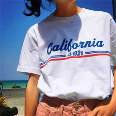 2017 New Summer All-match Short Sleeve T-shirt Women Casual O-Neck Letters Printed Loose Tshirts Female White/Black Basic Tees Style Casual, My Style, Vintage Outfits, Summer Outfits, Cute Outfits, Short En Jean, Vintage Mode, Sweat Shirt, Look Cool