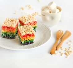 Rainbow crispy cakes