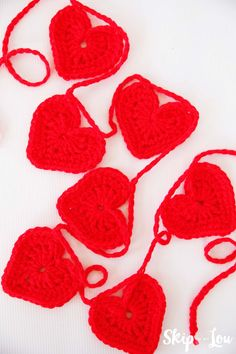 Make a festive easy crochet heart garland for your home or as a sweet handmade gift! These crochet hearts work together quickly.