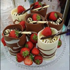 Dessert cups with moose and twirls