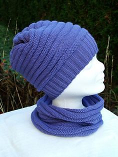 This is an easy hat pattern for a standard gauge knitting machine with ribber…