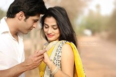 """Photo from album """"S & R"""" posted by photographer PixelStory. Pre Wedding Poses, Wedding Couple Poses, Pre Wedding Photoshoot, Wedding Pics, Wedding Couples, Wedding Goals, Indian Wedding Couple Photography, Bridal Photography, Indian Engagement Photos"""