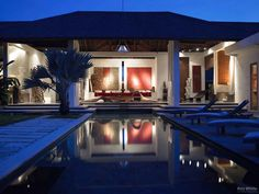 In the area that hosts Bali's most popular restaurants, shopping and entertainment, just minutes away from Seminyak's sweeping beach. This villa is a hidden sanctuary situated at the end of a quiet road. No passing traffic will disturb you while you relax just a short walk away from the hustle, bustle and the beach. Leasehold#PropertyinBali#Seminyak#george@paradisepropertygroup.co.id