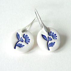 Delft blue ceramic earring, blue and white ceramic earring, folk art inspired everyday jewellery