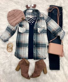 Penny Plaid Snap Flannel Top: Navy/Blush from privityboutique