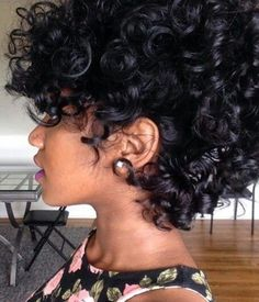 Woman with curly hair Love Hair, Big Hair, Gorgeous Hair, My Hairstyle, Cool Hairstyles, Curly Hair Styles, Natural Hair Styles, Hair Laid, Natural Hair Inspiration