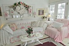 Simple Tips and Tricks: Shabby Chic Chairs Wooden shabby chic wardrobe colour.Shabby Chic Living Room Ikea shabby chic salon all white. Tables Shabby Chic, Rose Shabby Chic, Cottage Shabby Chic, Shabby Chic Mode, Shabby Chic Farmhouse, Shabby Chic Interiors, Shabby Chic Living Room, Shabby Chic Bedrooms, Shabby Chic Kitchen